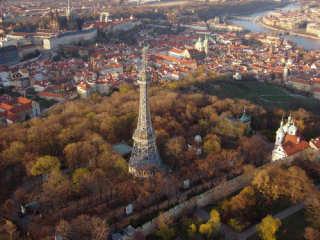 La torre panoramica di Petrin a Praga