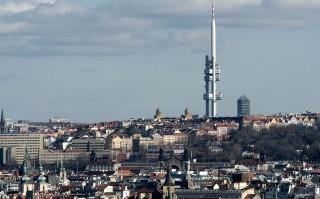 La torre della televisione di Praga
